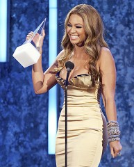 M.USA,Singer Beyonce`,Best International Artist 2007,American Music Awards..jpg
