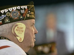 Salt M.Lake City,USA.Old soldier attending President George W.Bush`s speech........jpg