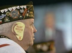 Salt M.Lake City,USA.Old soldier attending President George W.Bush`s speech........jpg