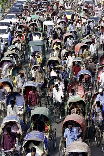 38.Dhaka,Bangladesh.Local mad traffic......jpg